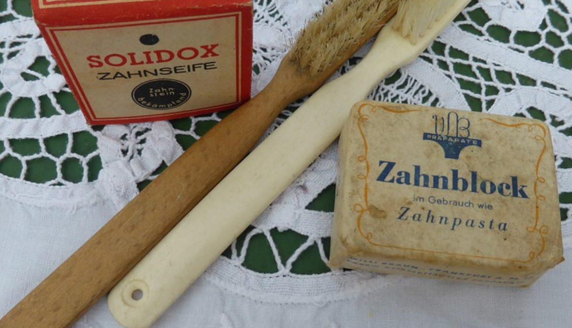 spazzolino antico